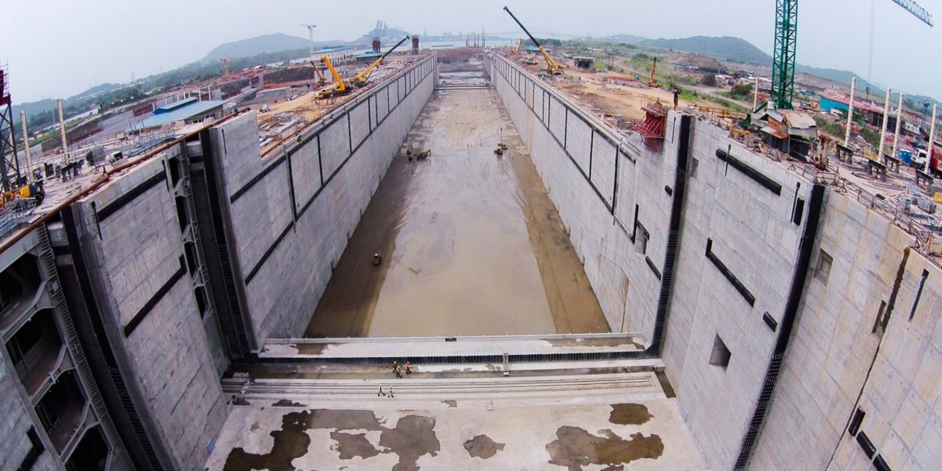 EXTENSION OF PANAMA CANAL